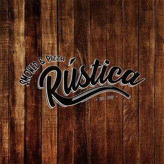 Logo de Rustica Smoked & Pizza.